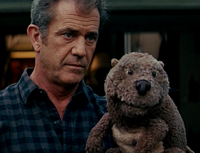 Walter Black (Mel Gibson) and the beaver hand puppet