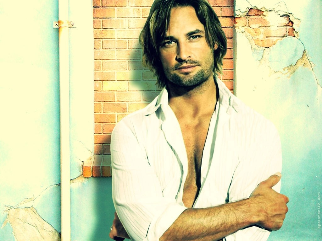 http://3.bp.blogspot.com/-IcP83lfg6Xk/TwLDEIP2VDI/AAAAAAAADHI/NlLBi5kTSNw/s1600/josh-holloway-background-12-772437.jpg