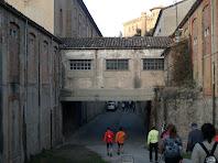 Baixant cap a la fàbrica de Cal Pons