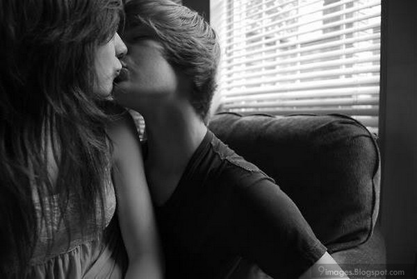 Black And White Teen Love 75