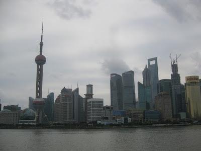 Shanghai - Blick auf Pudong vom Bund aus