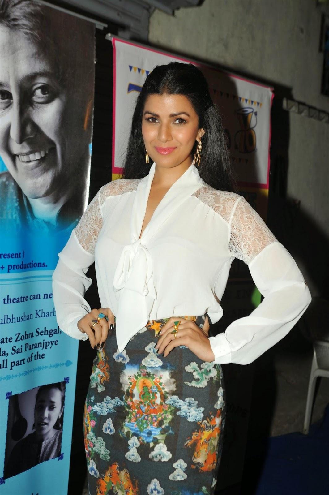 Nimrat Kaur at Thespo 16 Awards 2014 Event Hot Stills