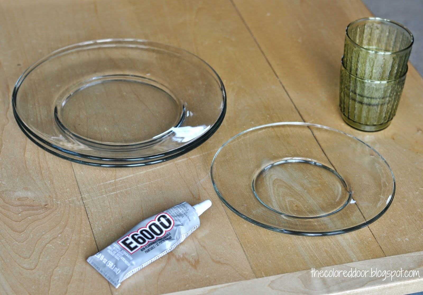 DIY cake stand - the colored door