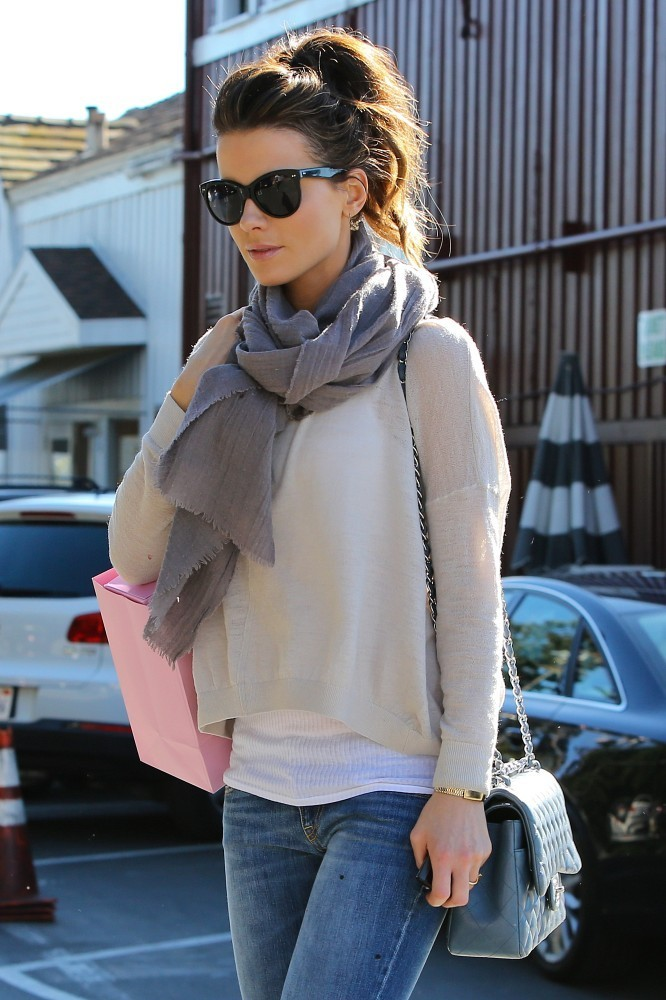 Street Style Inspiration Kate Beckinsale 39 S Cutest Outfits Fashion Style