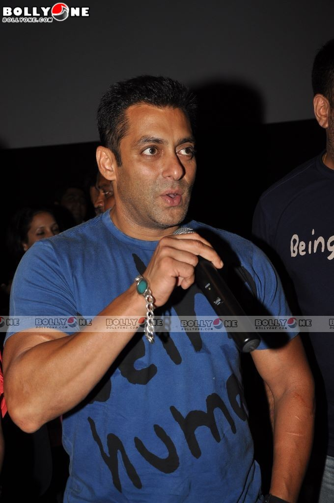 Salman & Asin at special screening of READY for kids