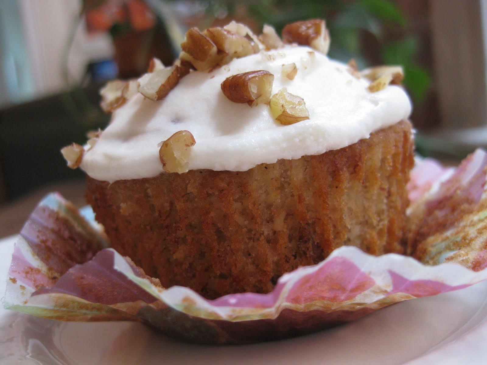 cupcakes hummingbird cupcake buttercup bake shop hummingbird cupcakes ...