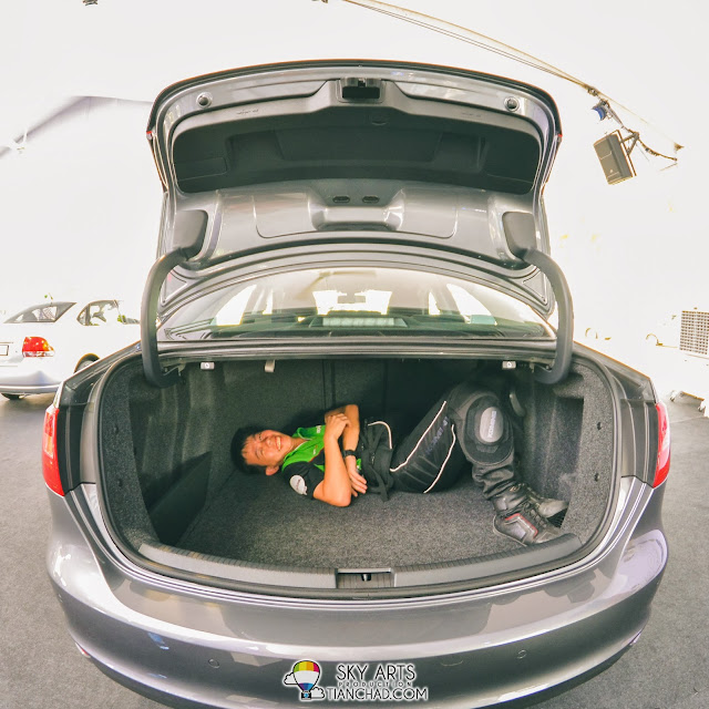 Spacious boot space in Volkswagen Jetta that can fit more than  just one KY