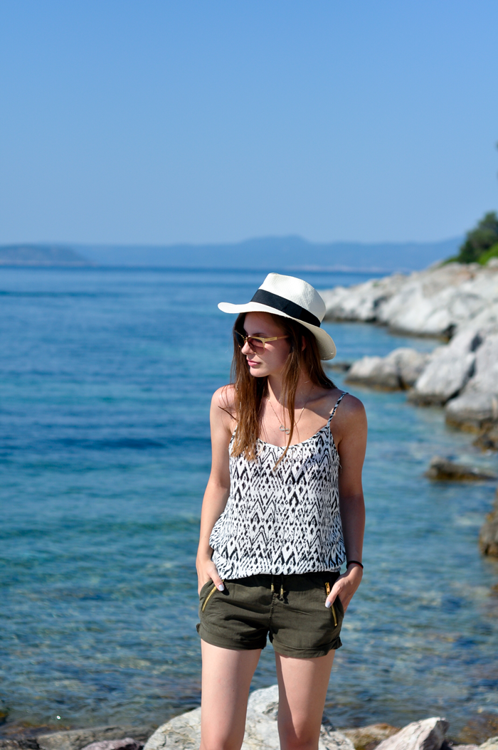 aleksandra skorupan, velvet and milk blog, beach style, greece, chalkidiki