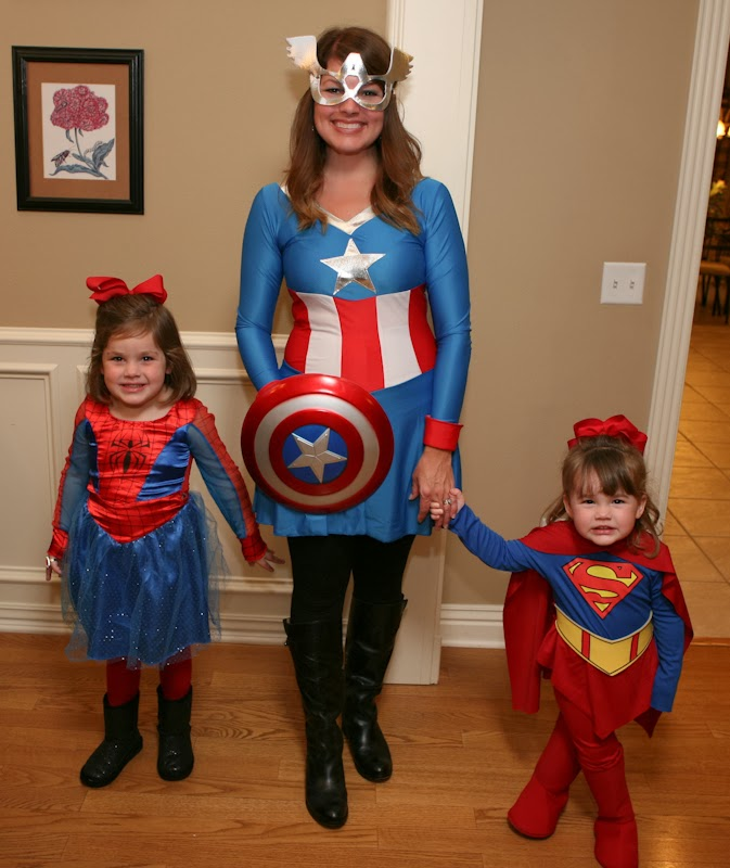 My girls LOVE super heroes so I started planning back in the spring/summer. I collected costumes when I could find them. Chick-fil-a was having Costume ...  sc 1 st  Kellyu0027s Korner & Kellyu0027s Korner: Itu0027s a Bird Itu0027s a Plane no itu0027s SUPER GIRL!
