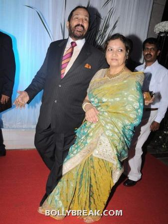 Suresh kalmadi - (6) - Couples at Esha Deol's Wedding Reception