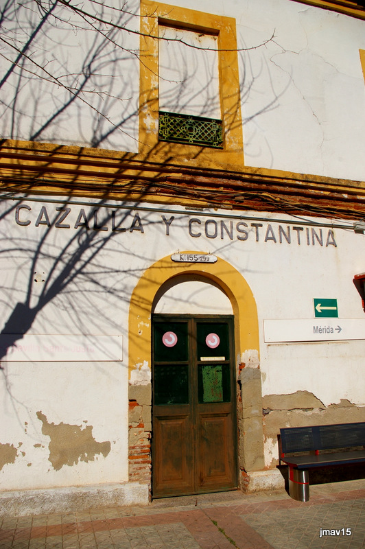 en línea casual morena cerca de Sevilla