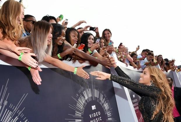 Beyoncé é mesmo uma diva! Ela rouba a cena no Video Music Awards
