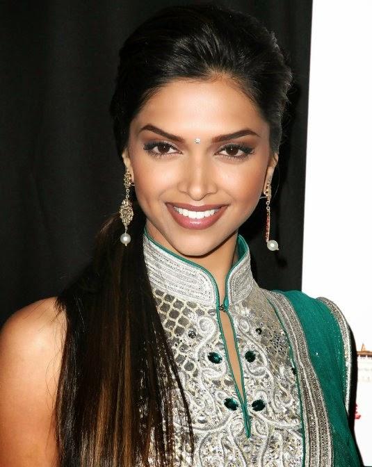Deepika Padukone sexy green dress