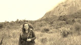"""A estudante Thamirys Domingues teve aprovado o seu trabalho """"Utilização de Mapas Temáticos Perceptivos como Ferramenta de Educação Ambiental na Comunidade do Quebra Frascos/Jardim Serrano no Entorno do PARNASO"""""""