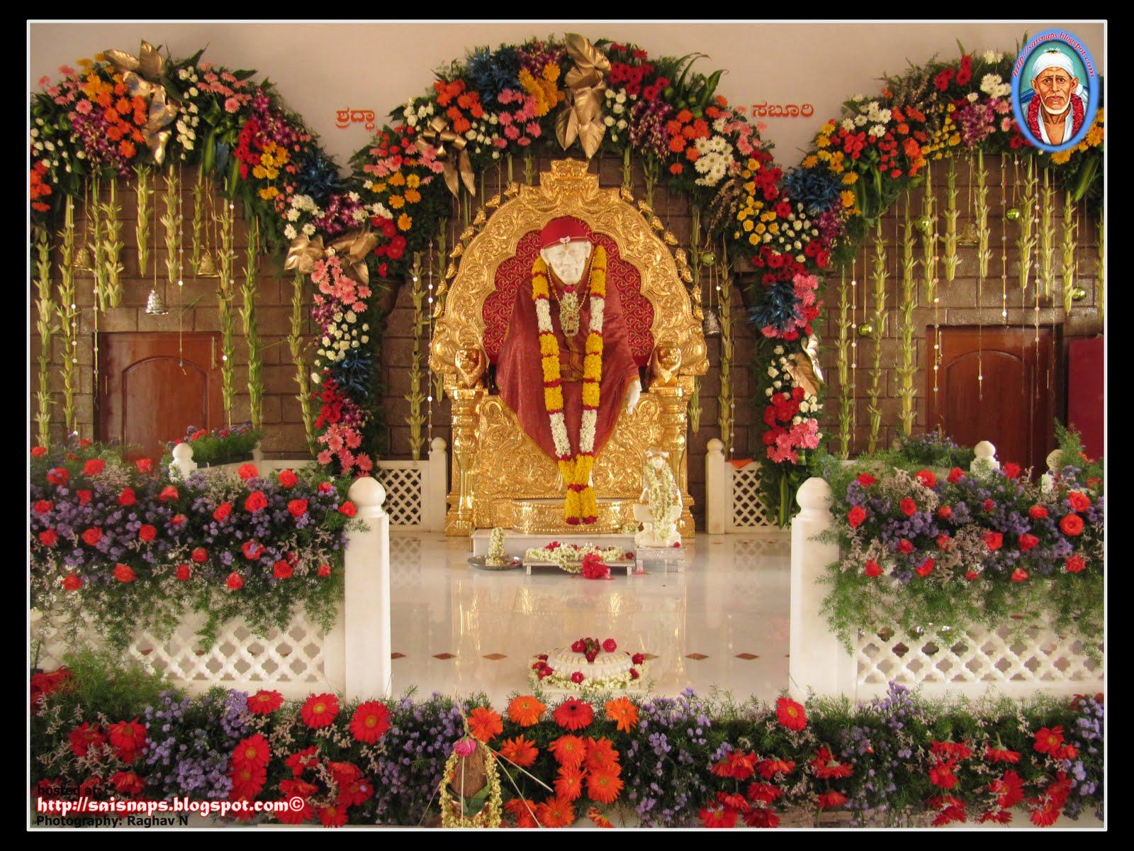 sai wallpaper guru pournima 2012 celebrations at sri. Black Bedroom Furniture Sets. Home Design Ideas