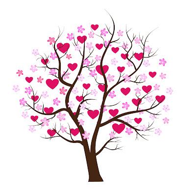 Arbol cubierto de corazones para San Valentín