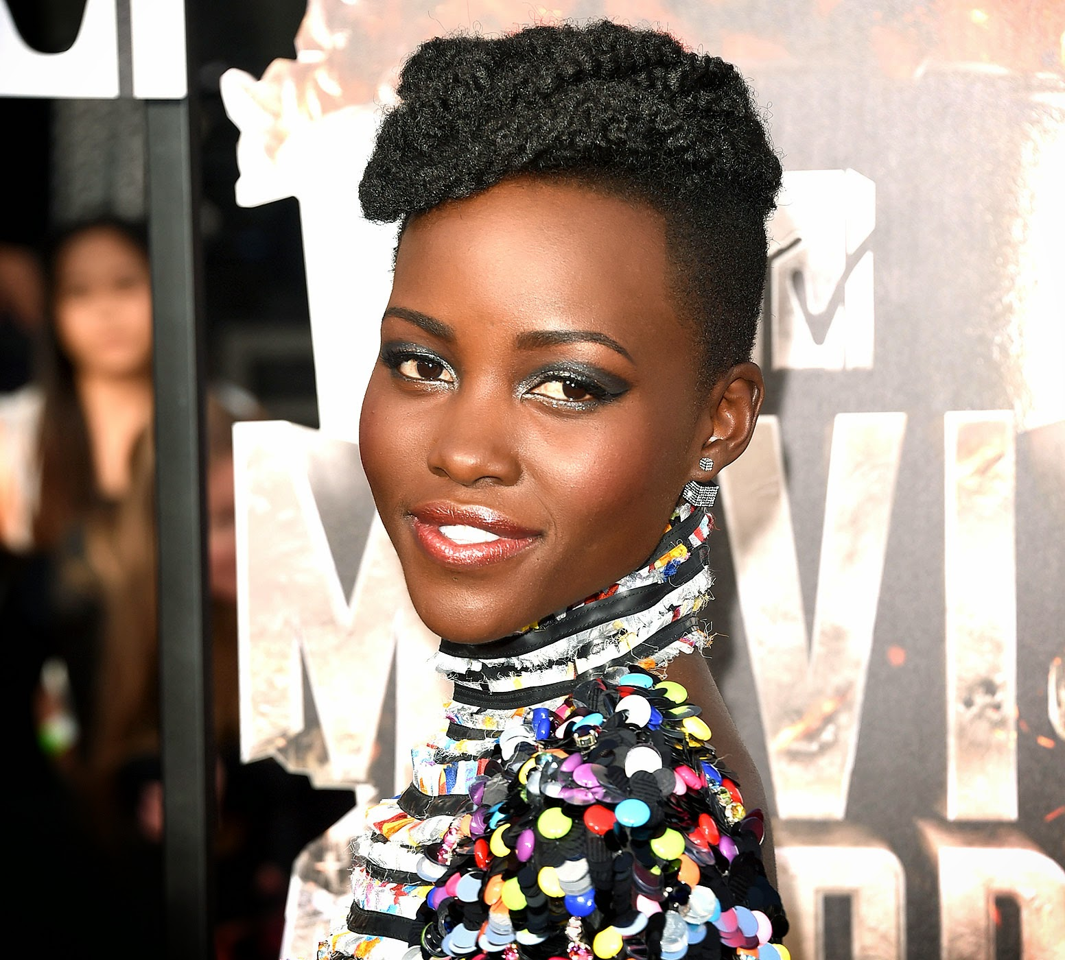 100% kanekalon hair looks great on Lupita Nyong'o on the red carpet