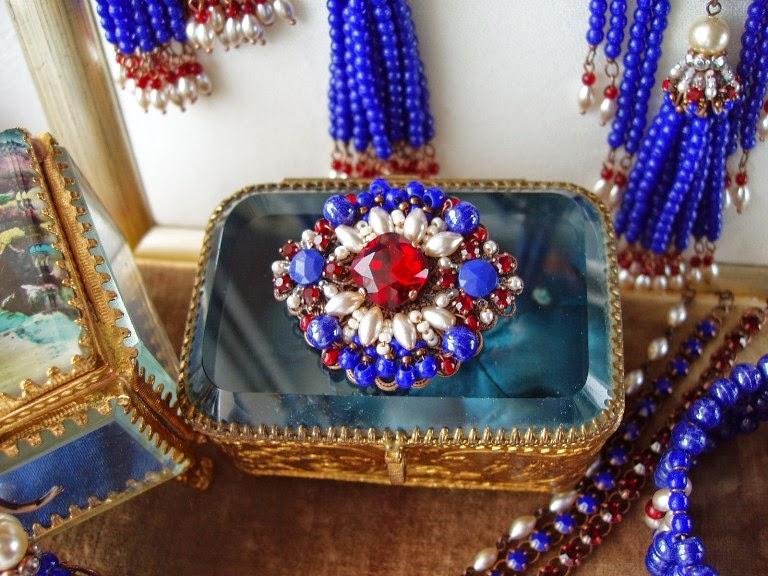 broche bijoux vintage perles anciennes