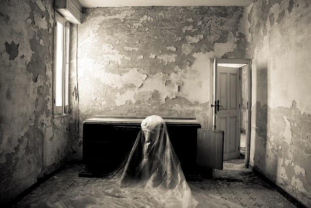 Como se nos presentan los fantasmas Casa-encantada