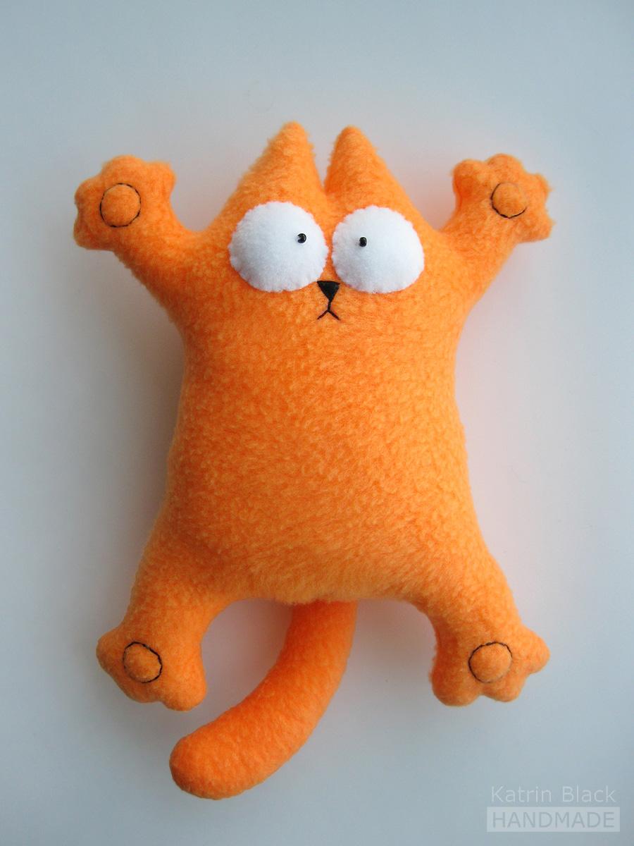 Прикольные игрушки для котов своими руками