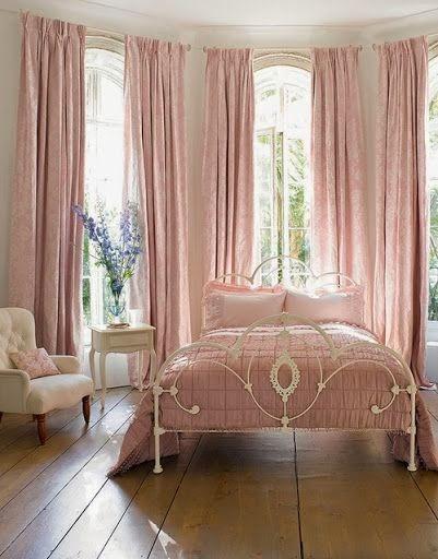 Eye for design decorating grown up pink bedrooms for Grown up bedroom designs