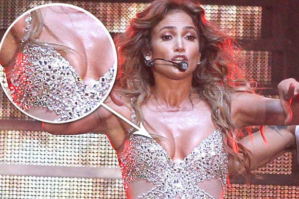 Moment During Her Live Show Performance Find Below Jennifer Lopez
