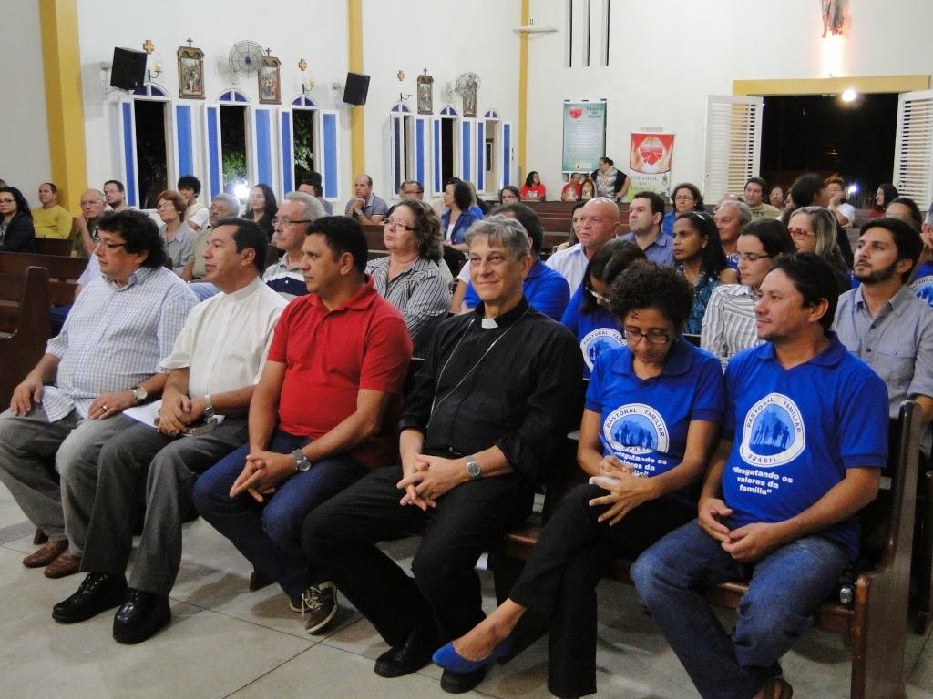 http://armaduradcristao.blogspot.com.br/2014/08/matrimonio-luz-do-direito-canonico.html