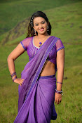 Ester Noronha latest Sizzling photo2-thumbnail-7