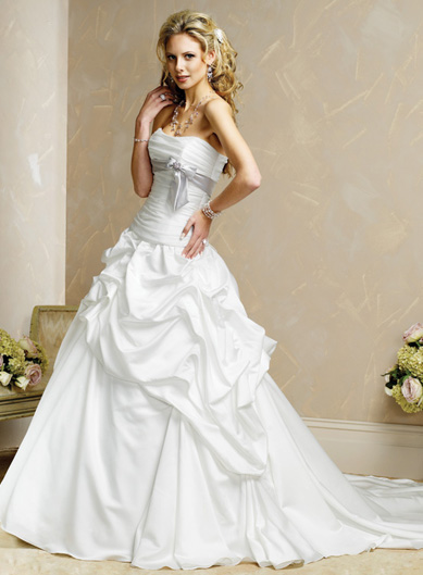 White Wedding Dresses With Red Trim : Buttercup s world dress desire