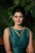 Shamili beautiful photos in green-thumbnail-17