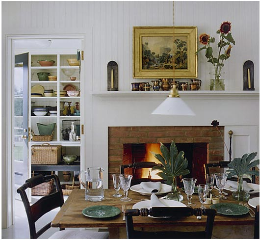 702 Hollywood: The Hearth Of The Kitchen