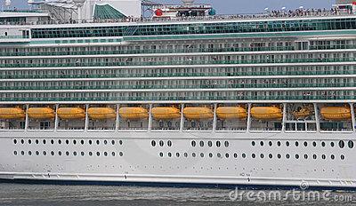 CRUISE SHIP CAPACITY  UPDATED