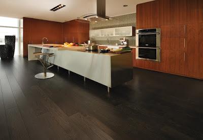 laminált parketta a konyhában