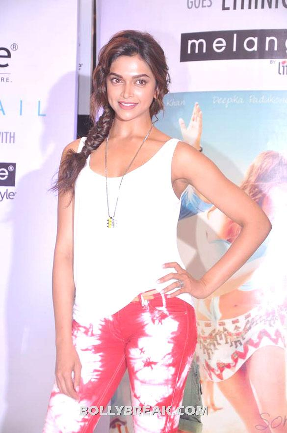 , Deepika Hot Pics  @ Melange's Ethinic Look For 'cocktail'