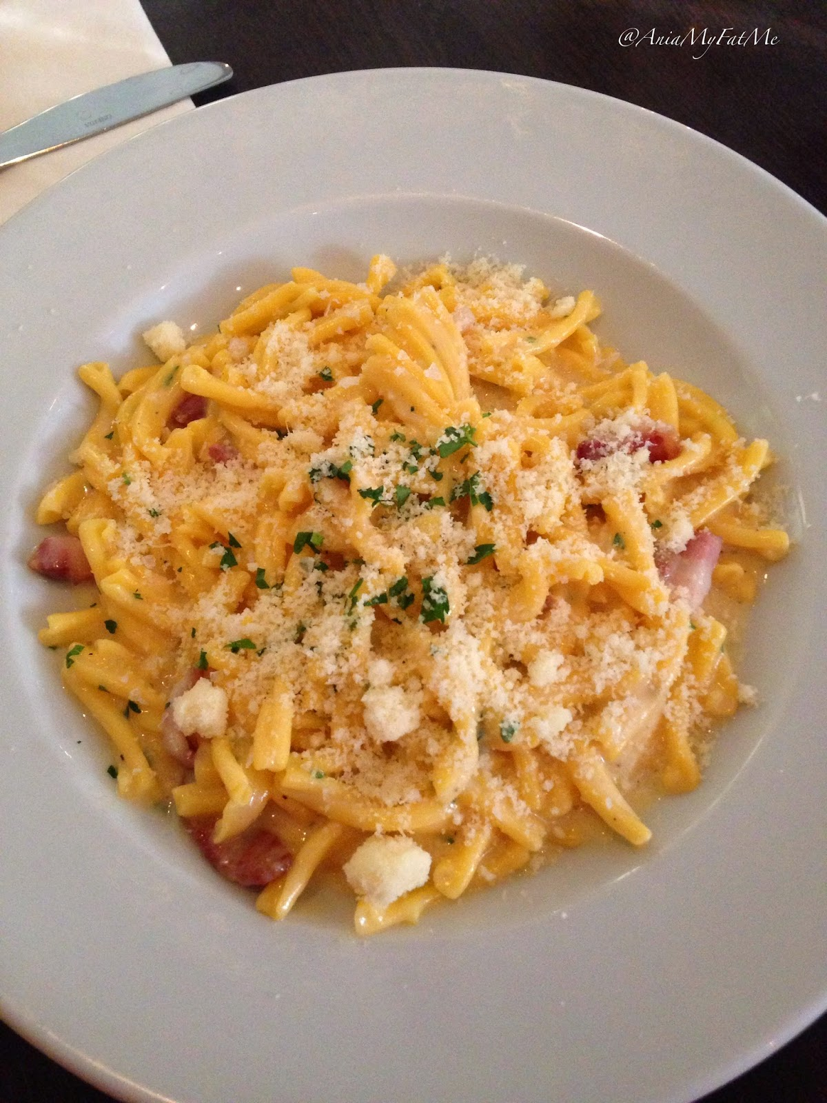 Carluccio's main dish gluten free Pasta CARBONARA with egg and smoky pancetta with parmesan cheese