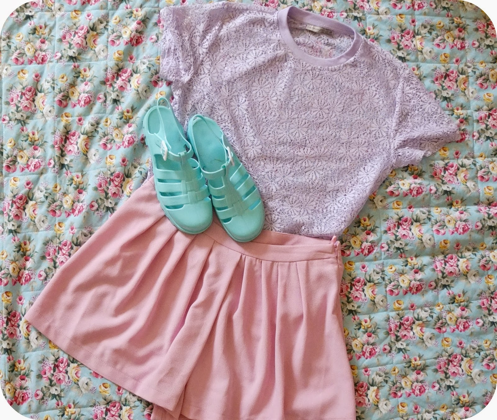 Pastel Fashion Blog Post on Hello Terri Lowe Featuring Jelly Shoes, Pink Shoes and Lace Top