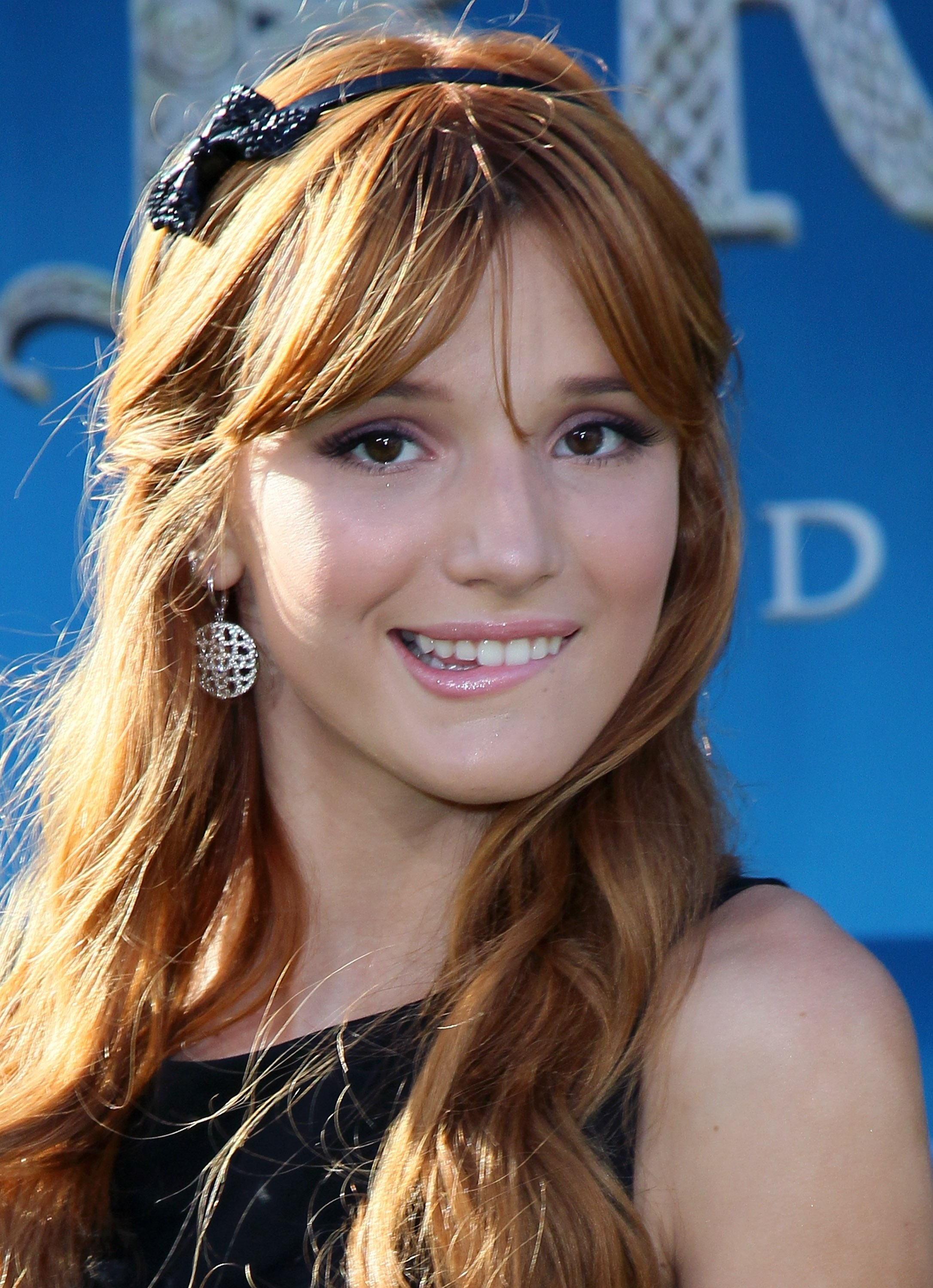 Bella Thorne Pictures Gallery 31 Film Actresses