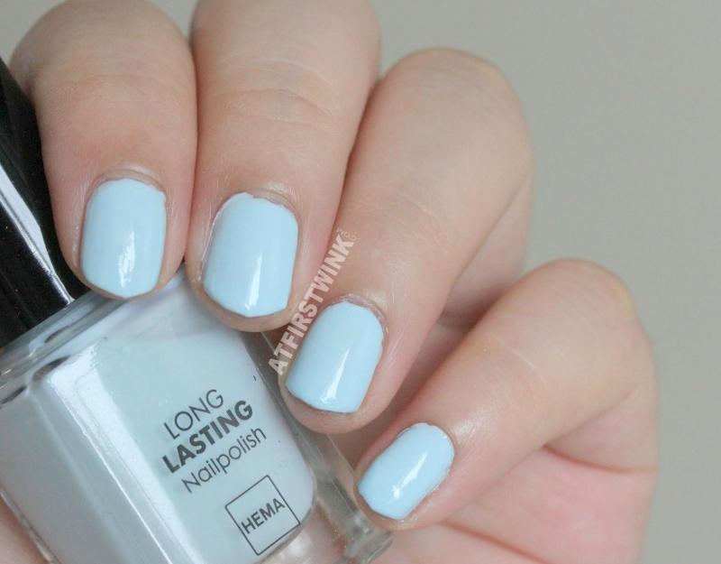 HEMA nail polish 442 - pastel blue