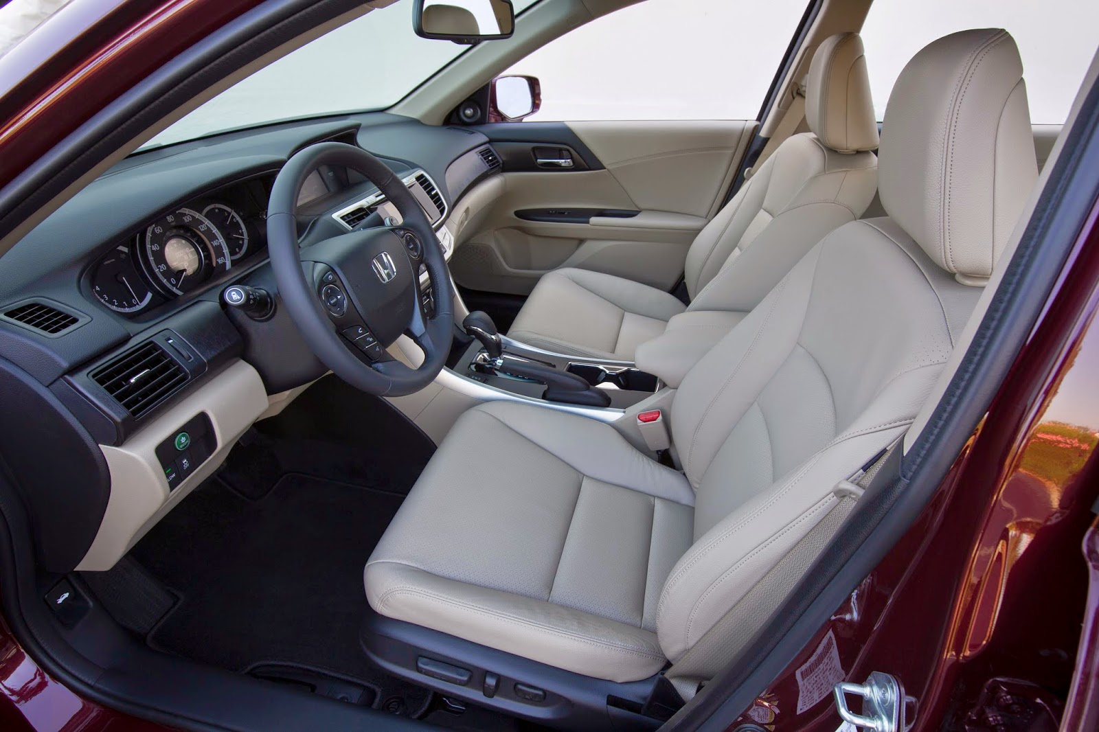 2015 Honda Accord EX-L interior view