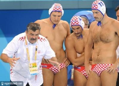 Photos comiques et extraordinaires Sport - Natation v46