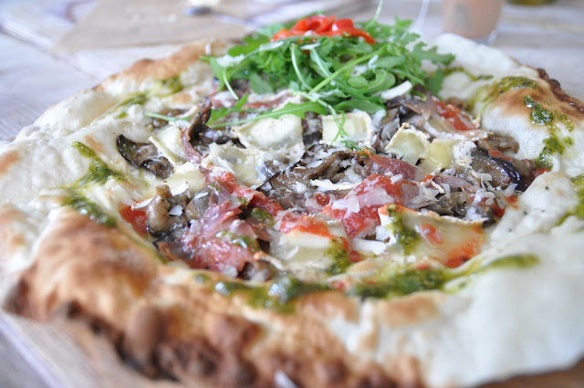 Story Deli pizza Redchurch Street Shoreditch review parma ham goats cheese