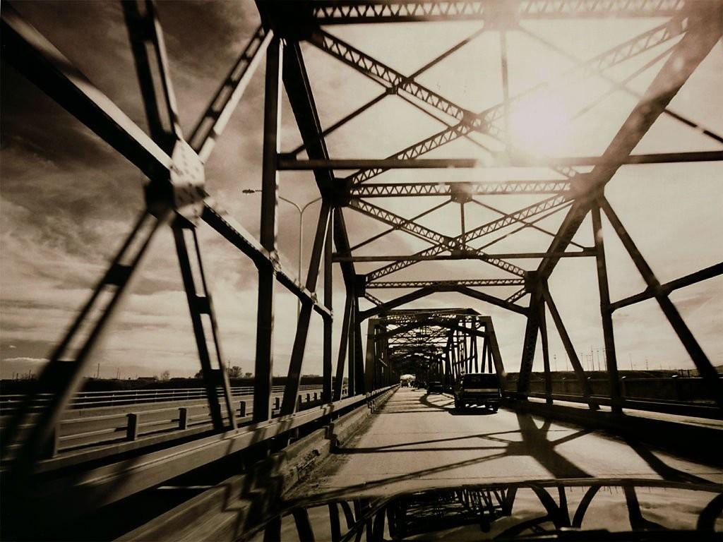 http://3.bp.blogspot.com/-Ih6BERspN2U/UKOUaHRTm3I/AAAAAAAAACY/glgBa39G25A/s1600/big-bridge-wallpaper.jpg