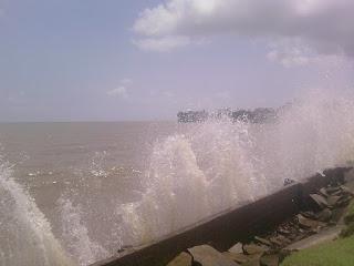 aqui nós temos ondas para se surfar o ano inteiro!