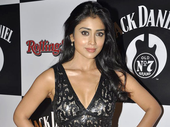 Shriya Saran in black Dress1 - Shriya Saran in Black Dress at Jack Daniels Rock Awards 2012