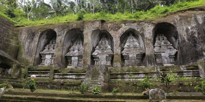Gunung Kawi Temple, reliefs that adorn Cliffs