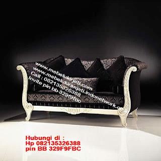 Toko mebel jati klasik jepara,sofa cat duco jepara furniture mebel duco jepara jual sofa set ruang tamu ukir sofa tamu klasik sofa tamu jati sofa tamu classic cat duco mebel jati duco jepara SFTM-44071