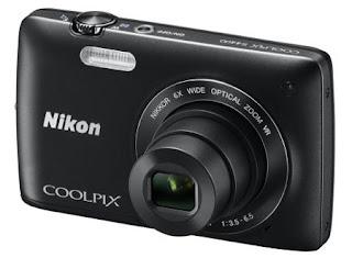 Kamera Nikon Coolpix S3400 top