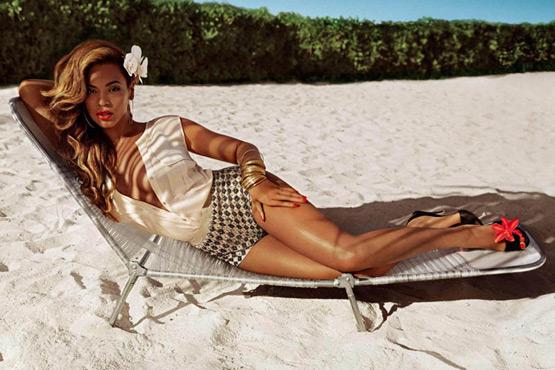 ropa de playa H&M Beyoncé verano 2013