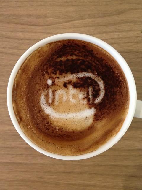 seni-kopi-latte-intel