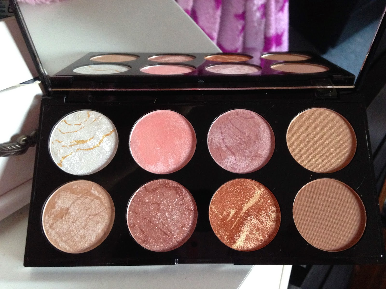 Makeup Revolution Golden Sugar Blush and Contour Palette
